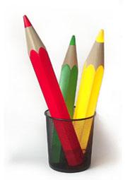Buntstiftlampe bestehend aus drei Leuchtstiften